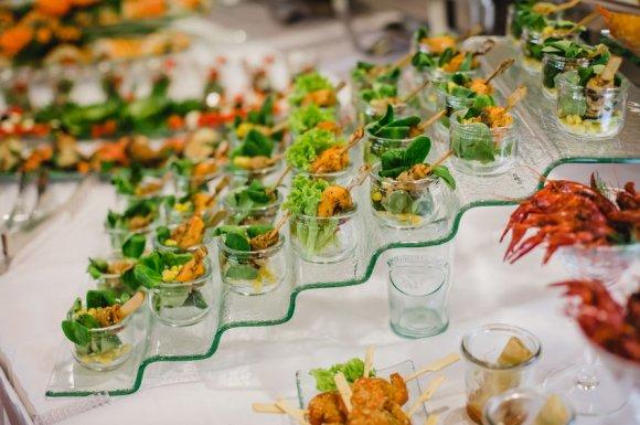 Traiteur avec menu et repas pour baptême à Grasse