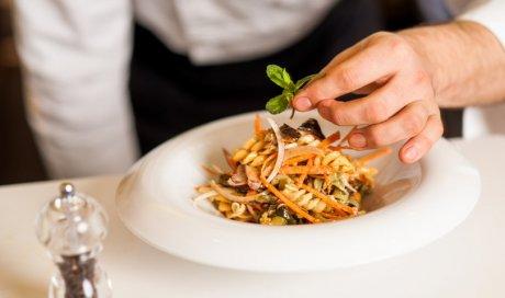 Chef à domicile pour repas haut de gamme entre amis à Cannes