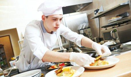 Chef cuisinier haut de gamme à domicile pour repas de fête à Antibes